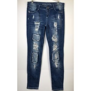 Almost Famous Distressed Destroyed Skinny Jeans